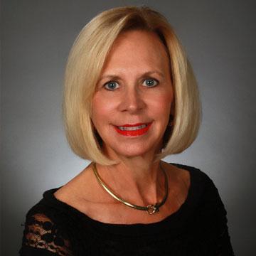 Real Estate Agent Melanie Hollingshead