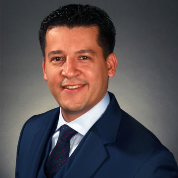 Real Estate Agent Ronald Garcia